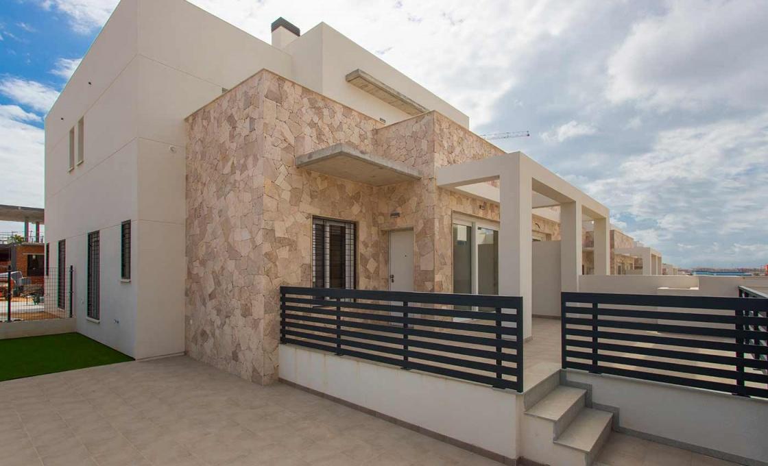 3 Chambres, Maison, Bien Neuf, Calle Gabriele Mistral, 3 Salles de bain, Listing ID 2044, Torrevieja, Espagne,