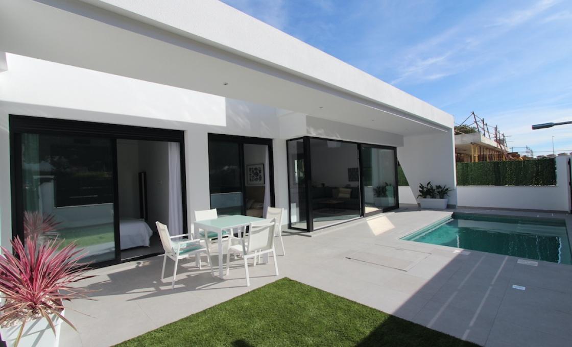 3 Chambres, Villa, À Vendre, 2 Salles de bain, Listing ID 2142, Campoverde, Espagne,